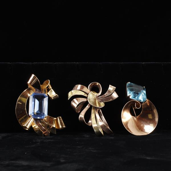 Coro 3pc. Retro Sterling Vermeil Brooch Pins & Fur Clip; Two with aqua crystal jewels.