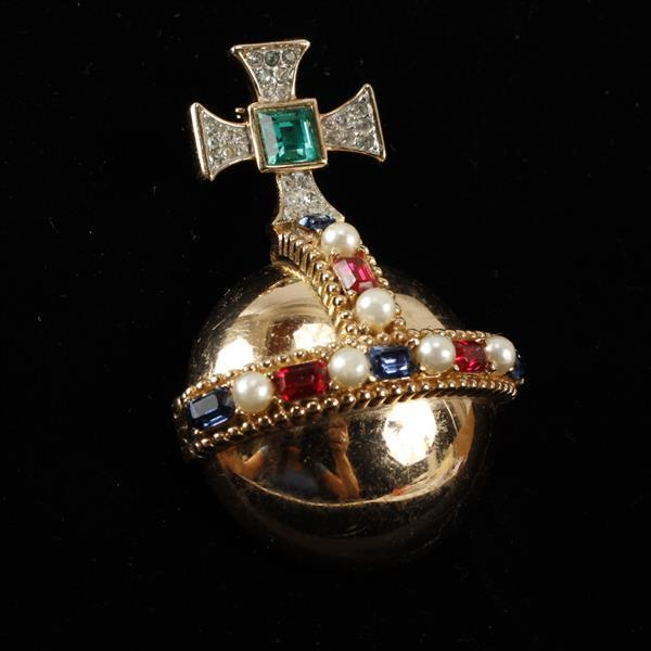 Trifari Gilt Orb Brooch Pin w/ red, white, & blue glass stones w/ faux pearls. Cross has a center green glass square cut surrounded...