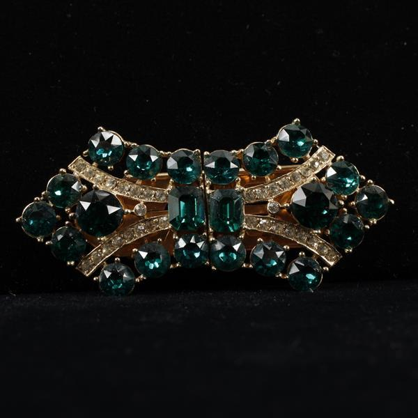 Wiesner Duette; Art Deco Brooch Pin Clip with emerald glass jewels and clear rhinestones.