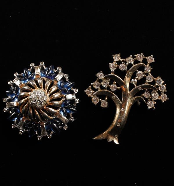 Lot of 2 brooch Pins; Reja Blue Glass Leaf Brooch & Trifari Rhinestone Gold Tone Tree Brooch.