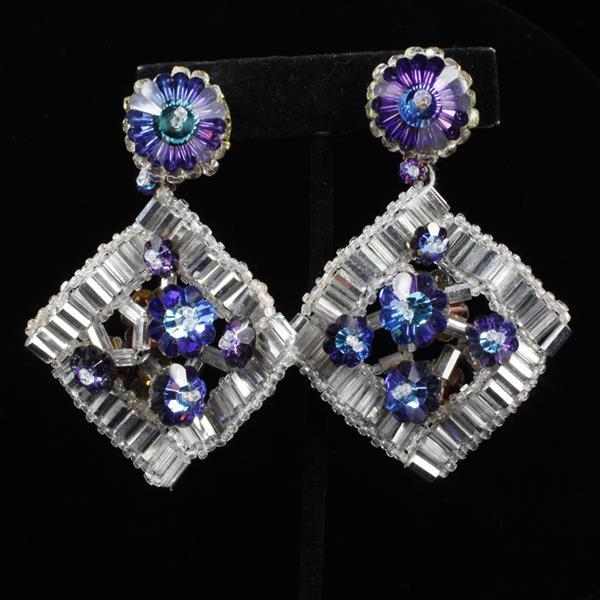 Coppola E Toppo Haute Couture Designer Iridescent Beaded Floral Dangle Clip Earrings