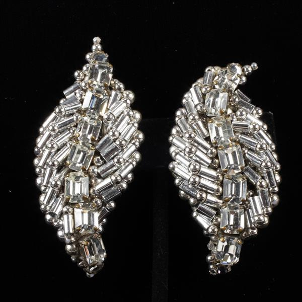 Coppola E Toppo Haute Couture Designer Beaded Silver Tone Leaf Shape Clip Earrings with Clear Jewels.