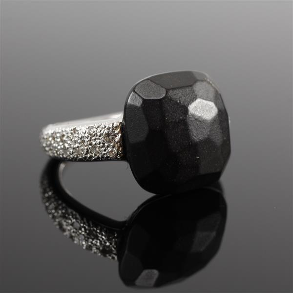 Pomellato Capri 18K White Gold Matte Onyx Designer ring with Stippled Shank