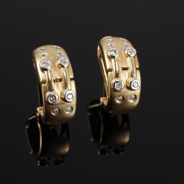 Yellow Contemporary Modern Designer Matte Gold 14K Diamond Huggie Earrings. Size .5