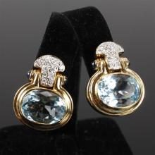 Contemporary Modern yellow gold 18K 750 Blue Topaz, diamond pave and sapphire pin hinge drop earrings. 1