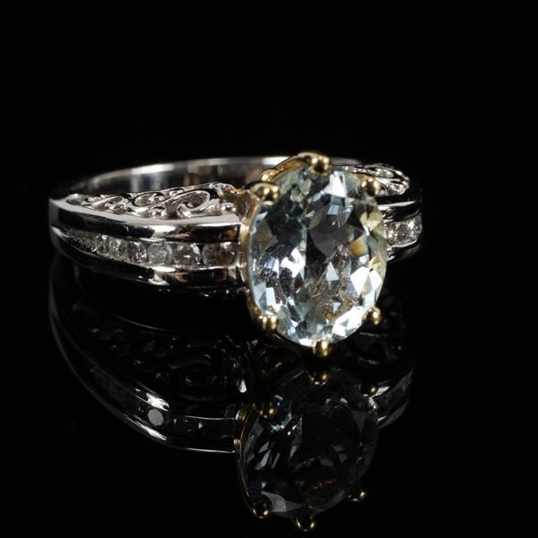 White and Yellow Gold 14K Aquamarine and Diamond Filigree Ring.