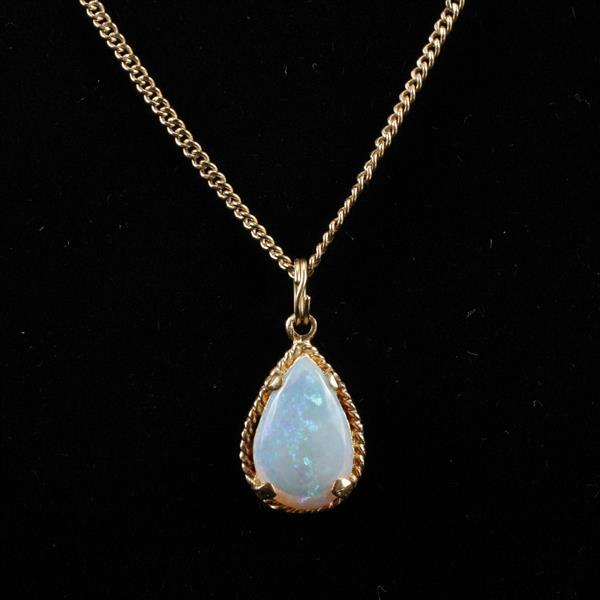 Yellow gold 14k Animoca Jelly Opal drop pendant on chain necklace