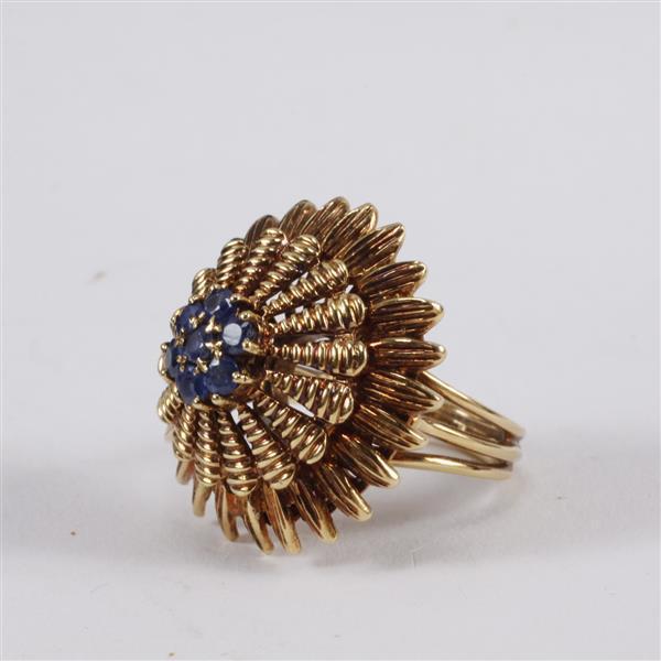 Yellow Gold 18k Sapphire Cluster Layered Starburst Vintage Estate Designer Ring.