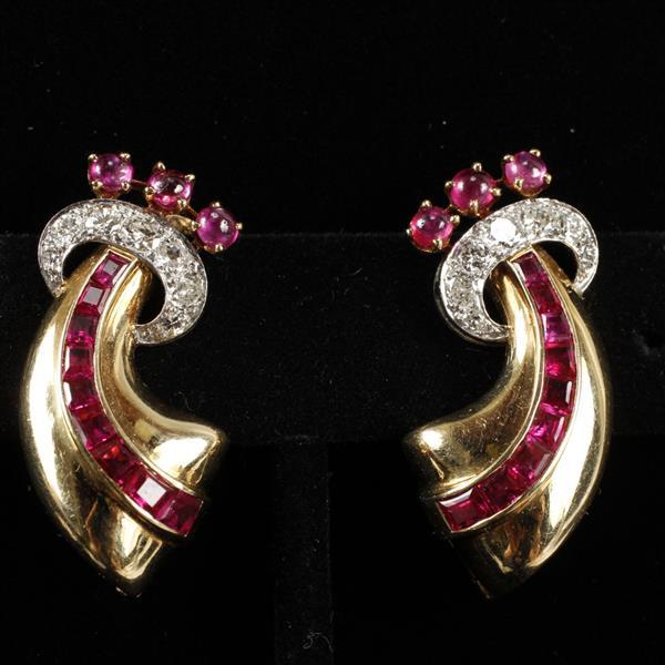 Retro Vintage Ruby Diamond Yellow Gold Clip Earrings