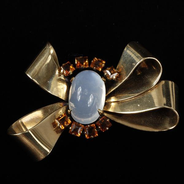 Yellow Gold 14K Retro Bow Pin / Brooch with unusually LARGE Moonstone Cabochon and sq. calibre madeira citrines.