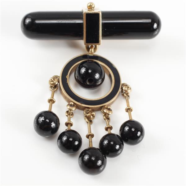 French Art Deco yellow gold and onyx drop pin. 2
