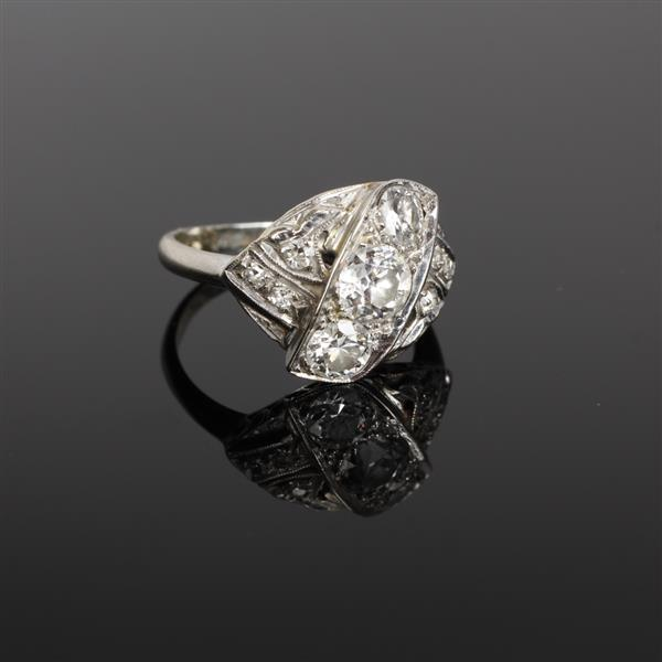 Art Deco 14K White Gold Quality Diamond Ring.