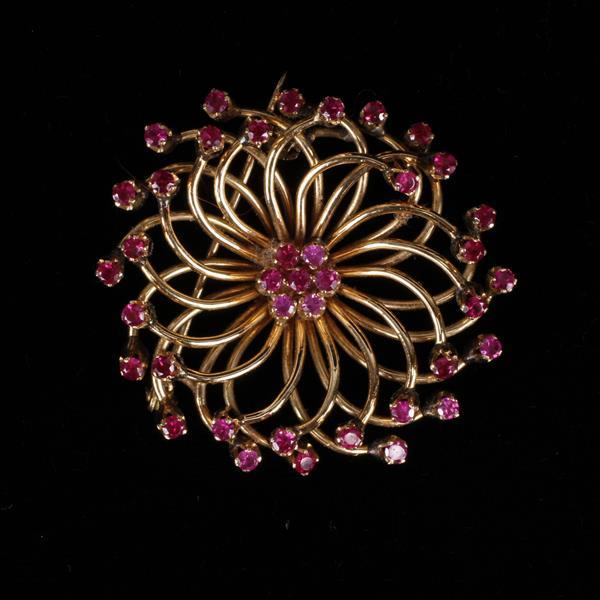 Vintage Modern Yellow Gold 18K and Ruby Floral Estate Brooch Pin, Italy.