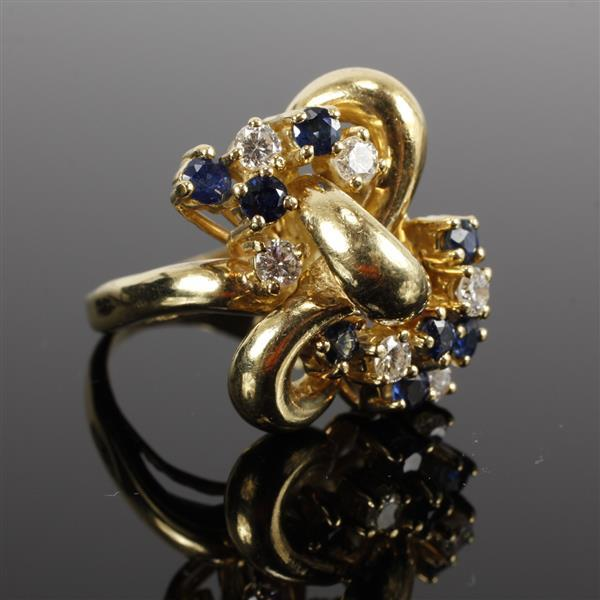 Yellow gold 18k Diamond Sapphire Retro Knot Estate Ring