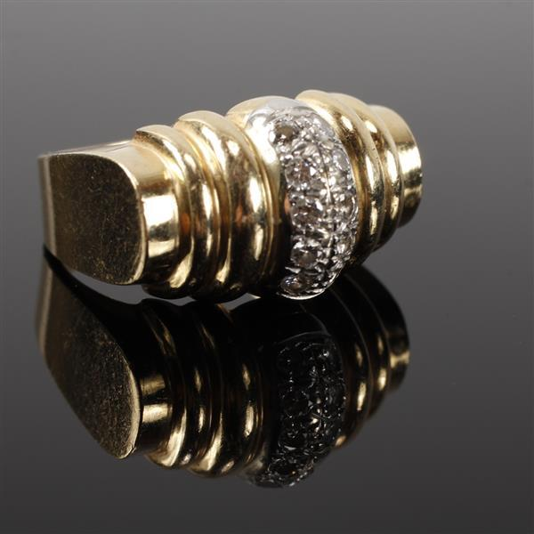 Yellow Gold and Pave Diamond retro modern estate ring. Size 6.5