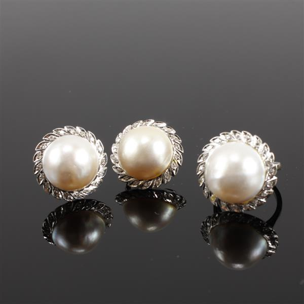 Vintage White Gold 18K Mabe Pearl Set; and single cut Diamond Halo Set, ring and clip earrings 1