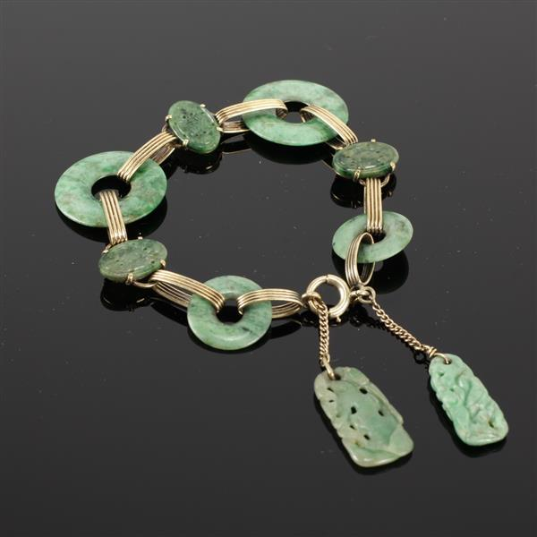 Yellow 14K Gold Link Bracelet with Chinese carved jade medallions, open circle, and pierced drop pendants. 8