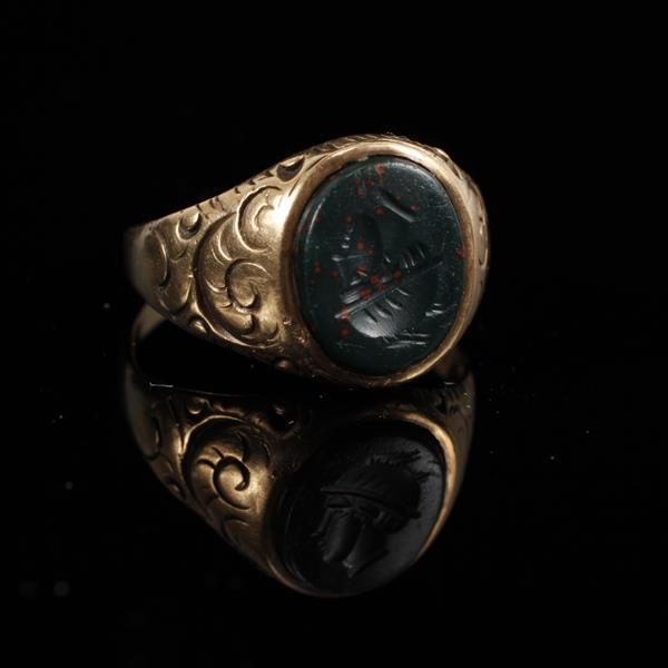 Victorian Yellow Gold Bloodstone Intaglio Cameo Signet Ring. Size 5