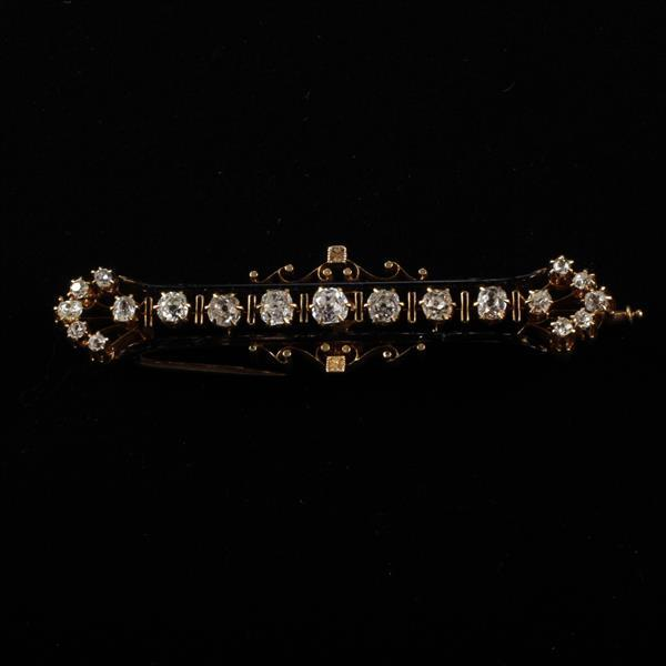 Antique Victorian 1882 14K yellow gold and 1.5ct.tw diamond bar pin.