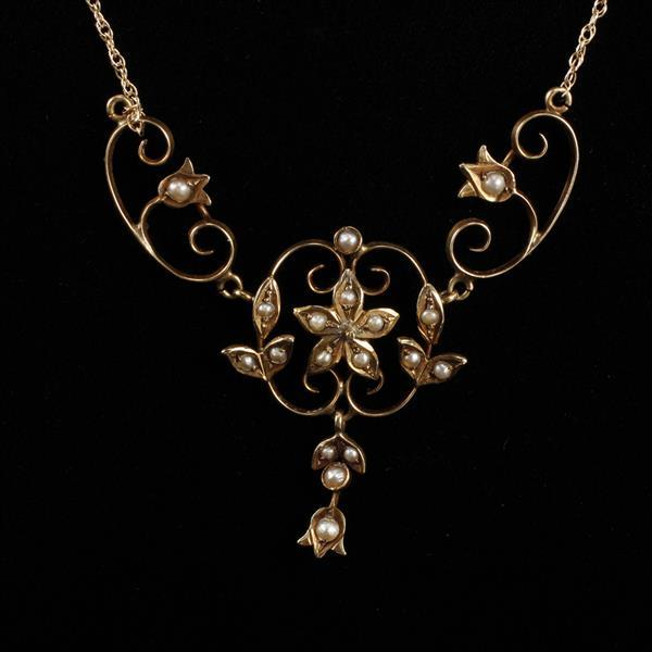 Antique Edwardian 14K Gold Filigree Flower Necklace with seed pearls.