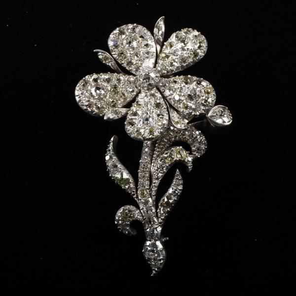 Georgian Silver and Old Mine Cut Diamond En Tremblant Flower Estate Brooch.