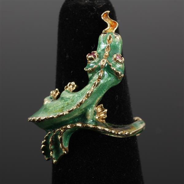 Enameled 14K yellow gold dragon or lizard wrap around figural vintage estate ring with ruby eyes. Size 7.5