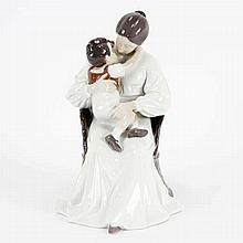 Bing & Grondahl (B&G) Mother and Child porcelain figure group; 1552.