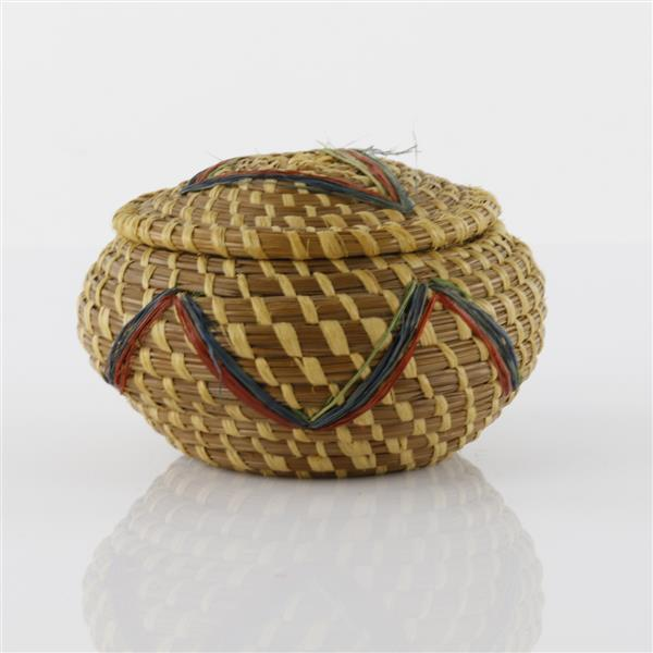 Small plains Native American Indian grass basket with lid.