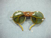 WW2 US ARMY SUNGLASSES - LEATHER NOSE PIECE - LENS MARKED WITH M