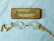 WW2 GERMAN GAS MASK GLASSES WITH CASE