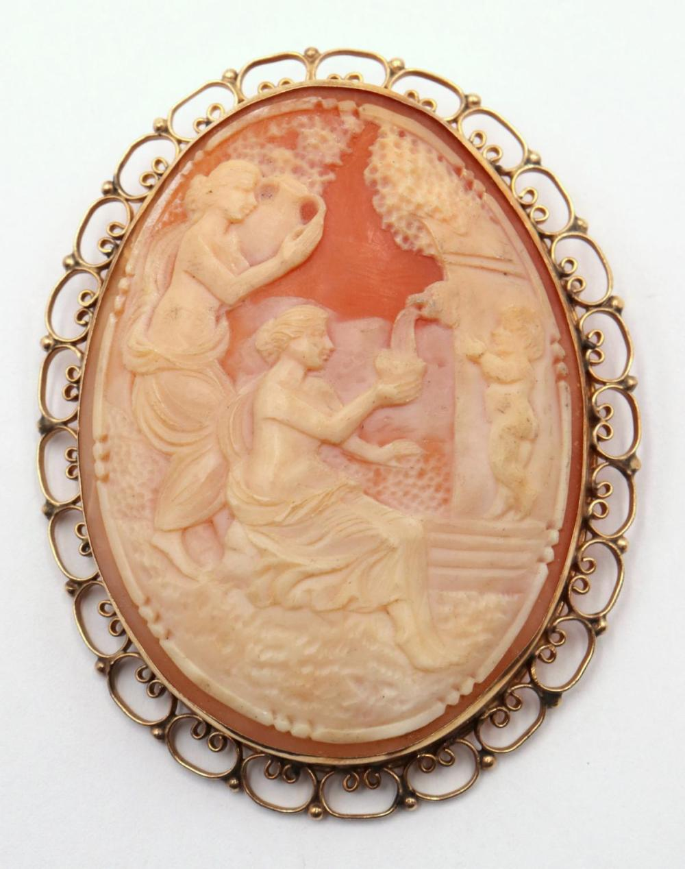 Large 14Kt & Cameo Brooch