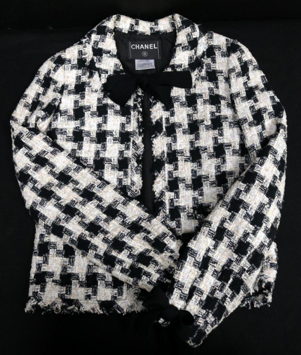 Chanel Houndstooth Tweed Jacket