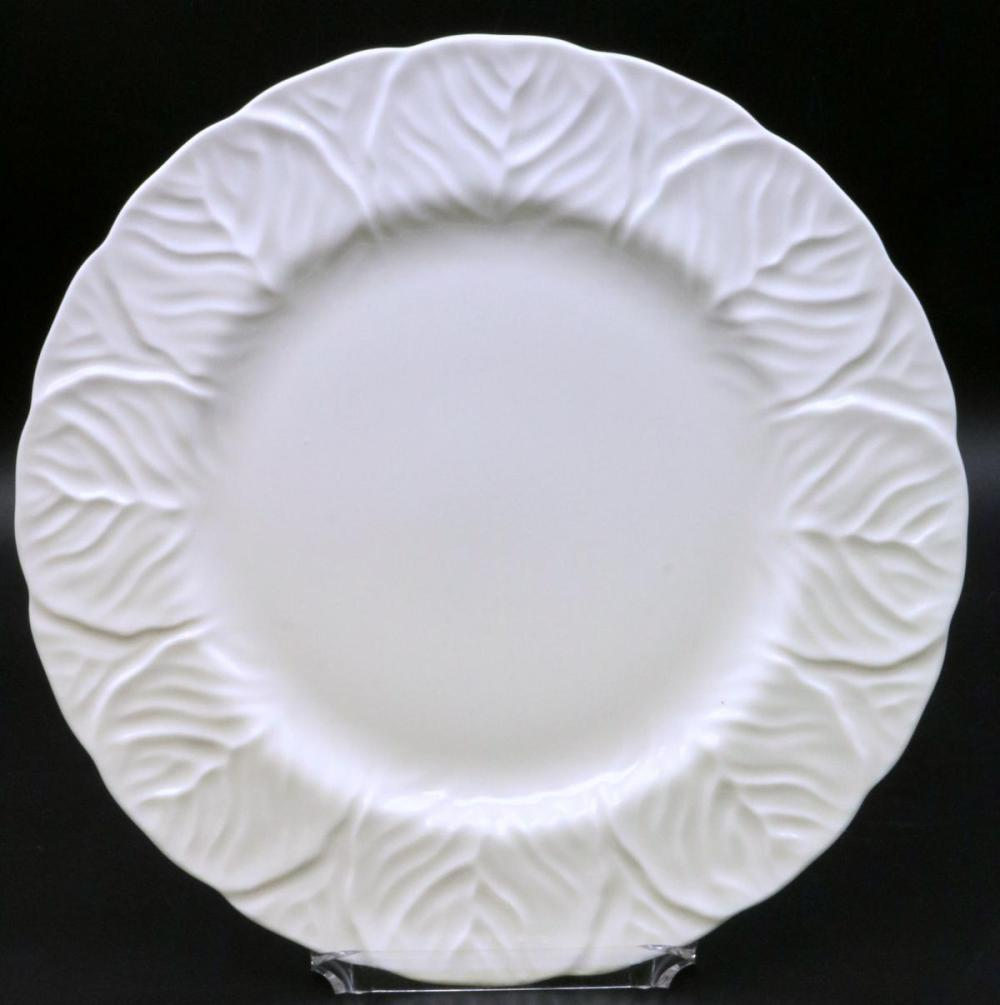 """24 Wedgwood """"Countryware"""" Dinner Plates"""