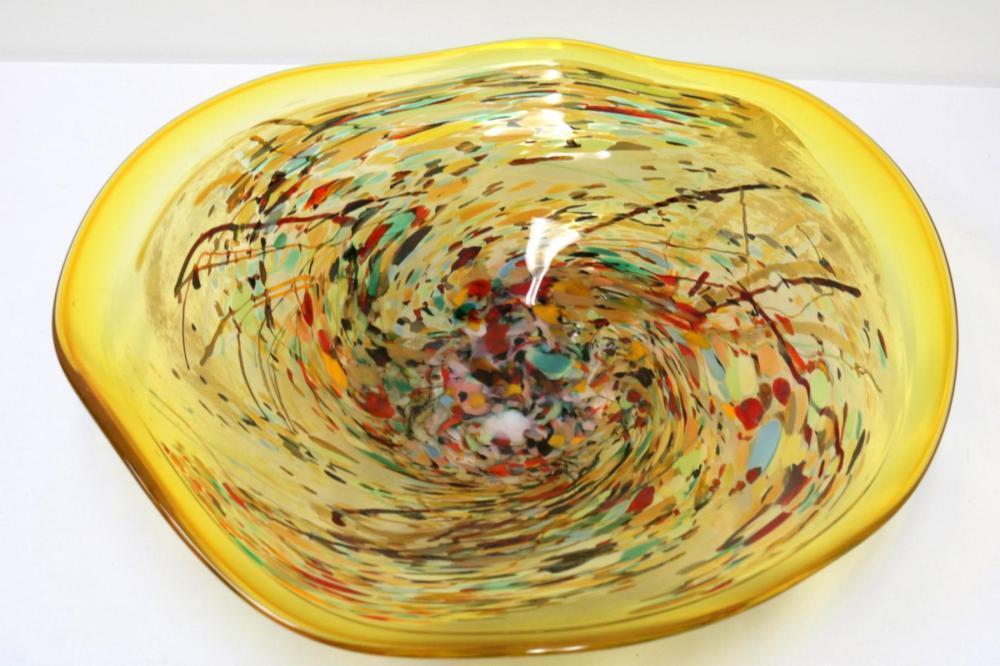 Large Suzi Perret Art Glass Bowl