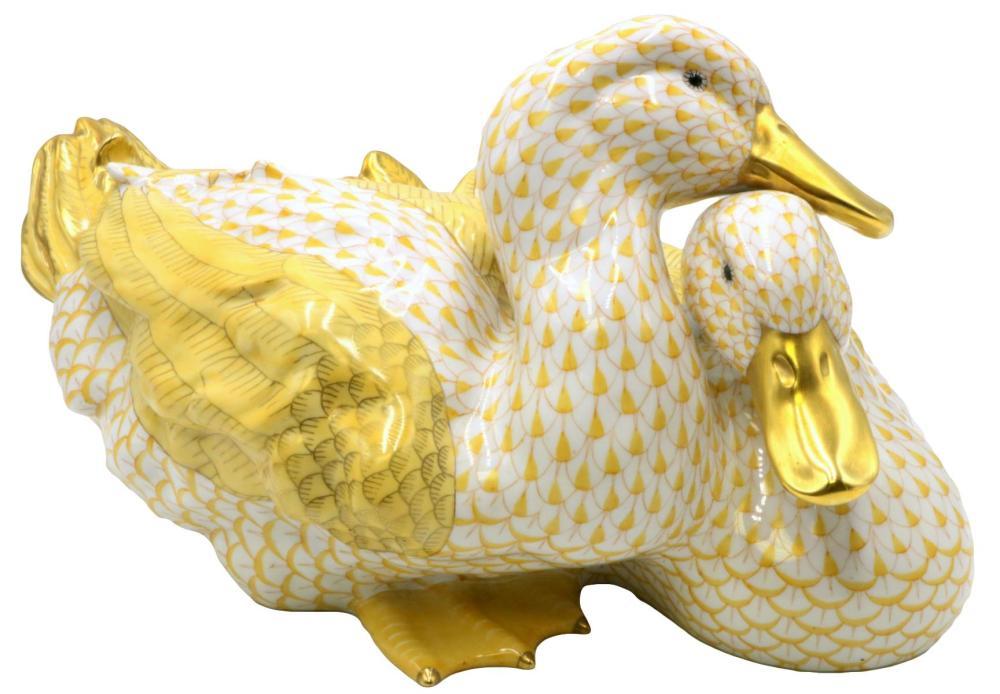 """Rare Herend """"Butterscotch"""" Fishnet Duck Group"""