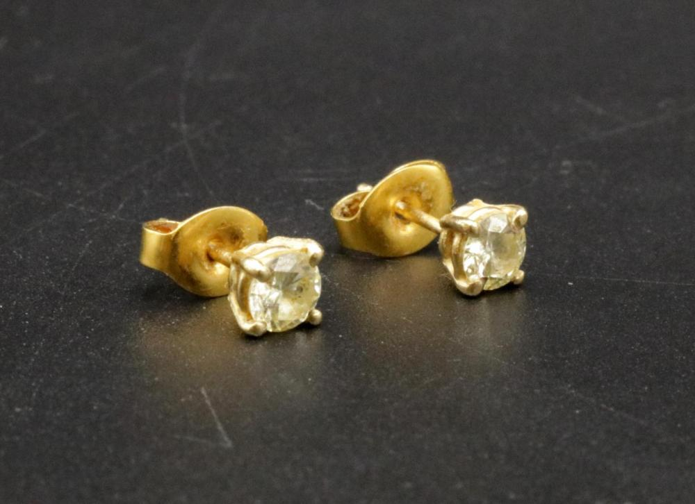 14Kt Approx. 0.25ct. Diamond Stud Earrings