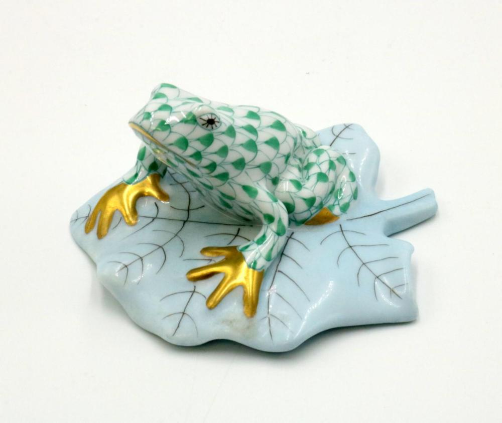 Herend Hand Painted Porcelain Frog on Lily Pad