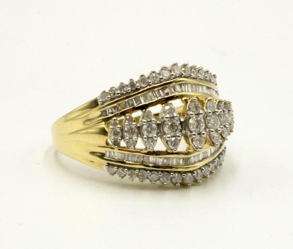 10Kt & Diamond Ring