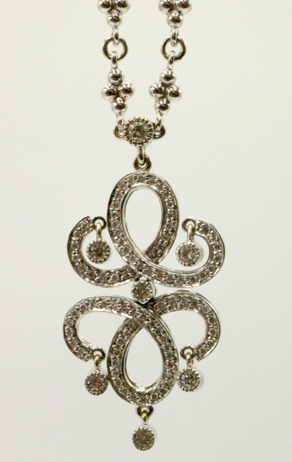 18Kt & Diamond Pendant w/ Necklace