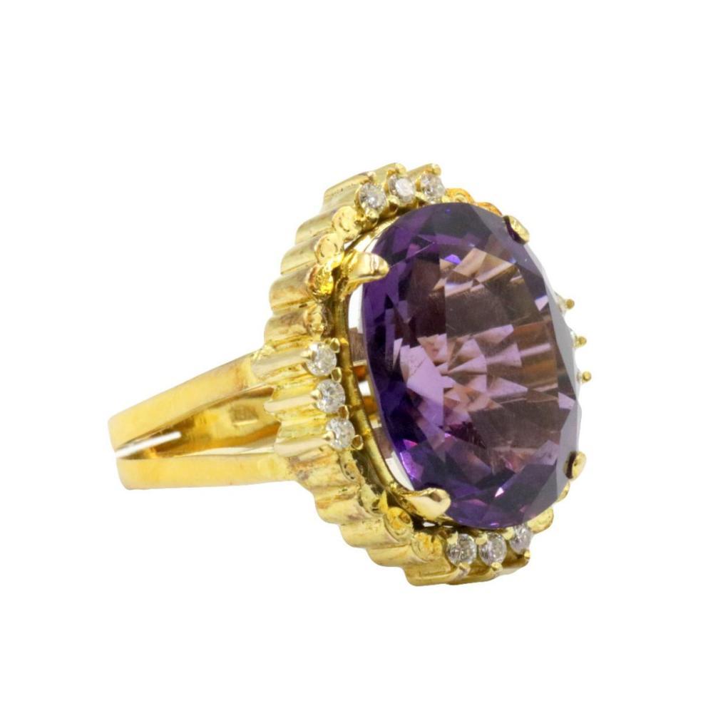 18Kt Amethyst & Diamond Ring