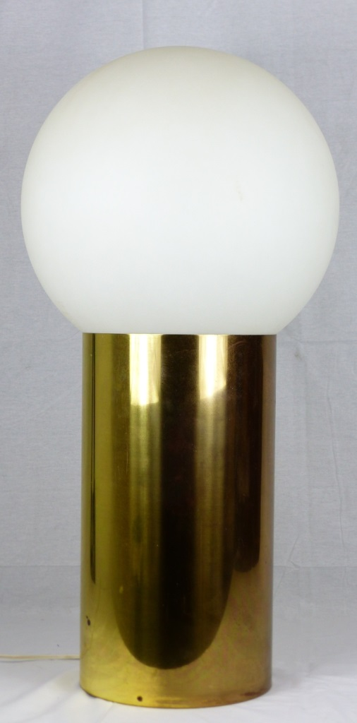 MODERN BRASS TABLE LAMP w ACRYLIC GLOBE