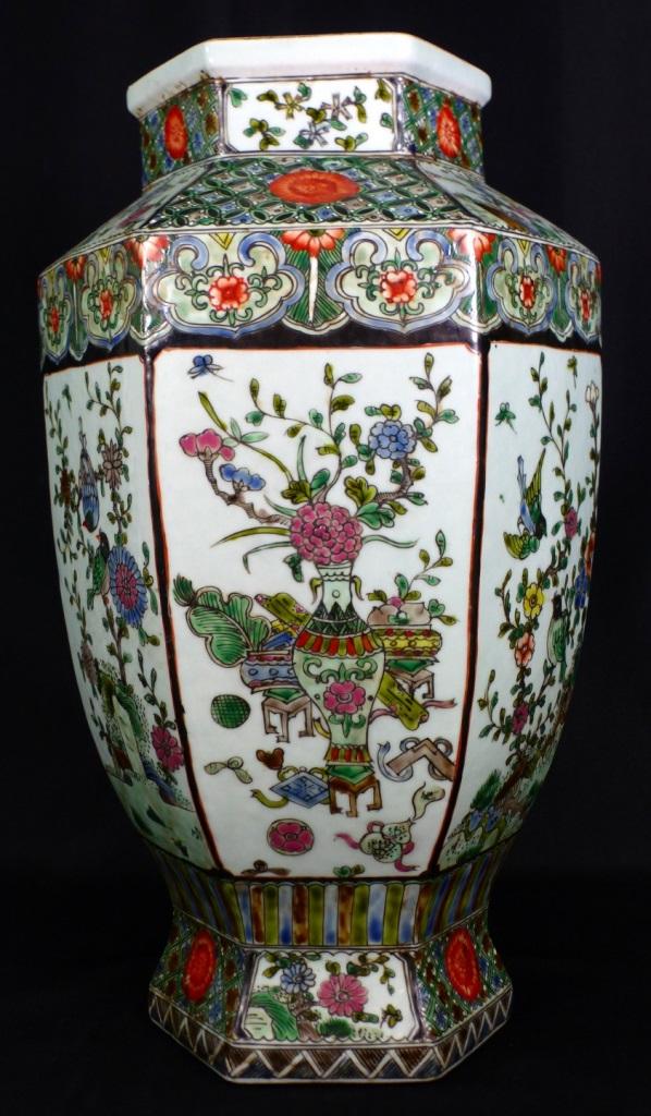 Chinese famille verte hexagonal porcelain vase for Asian antiques west palm beach