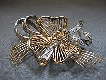 Antique broche, 14 k gold, diamonds, 22 grams