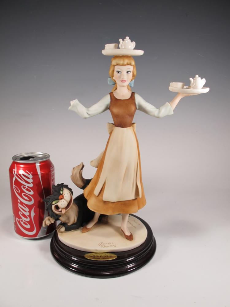 Cinderella, Giuseppe Armani 2003 Disney figurine DAMAGED