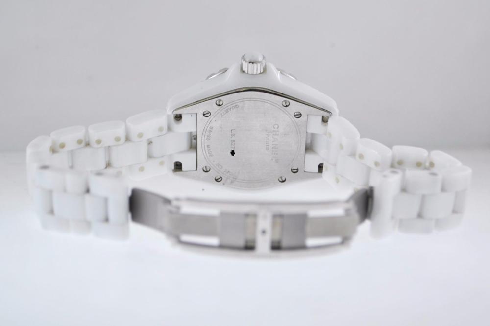 new styles a3d2a 44730 Chanel J12 Quartz Ladies Wristwatch Ref.H0968 SS,White Ceramic $8K  VALUE,w/Cert!