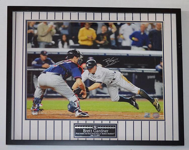 NY Yankees Brett Gardner Signed Photo