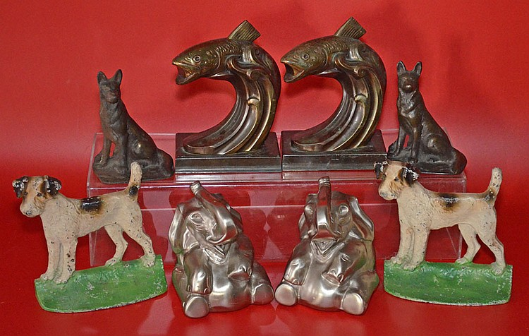4 Pairs of Vintage Bookends