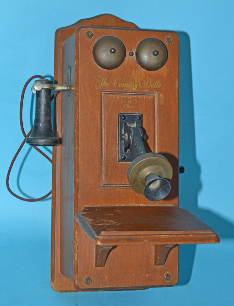 The Country Belle Vintage Telephone