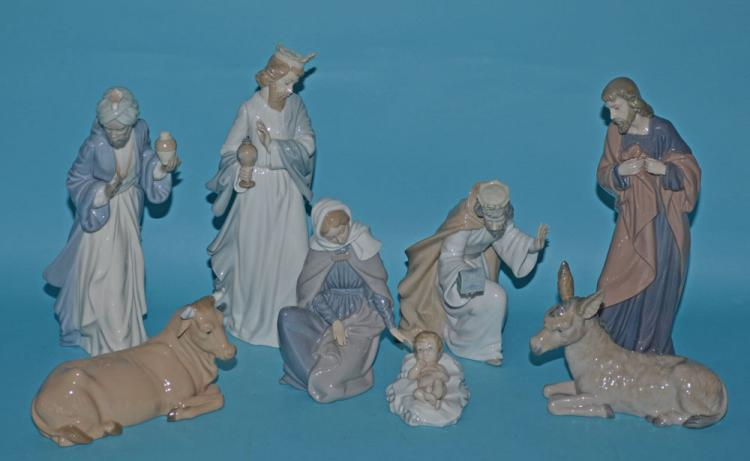 Nao by Lladro Spanish Porcelain Nativity Set