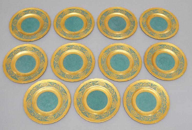 12 Royal Doulton Gold Encrusted 8.5 Inch Plates